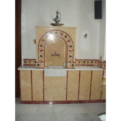 Επένδυση βρύσης στο ιερό